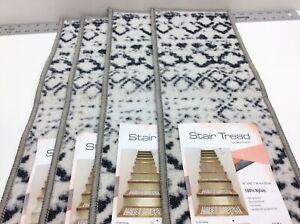 "World Rug Gallery Stair Tread 8.6"" x 26"" Anti-Slip Carpet Strips Set of 4"