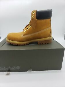 Timberland Boots Men size 11- excellent condition