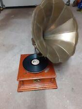 Ancien gramophone a pavillon mecanisme a revoir