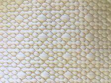 Crème crêpe texturé effet stretch jacquard tissu jersey rétro 60s près du corps