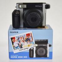 Fuji Instax 300 Wide l'alternativa a polaroid da Fujifilm by ilMacchia
