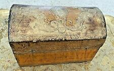 VINTAGE FIRENZE WOOD DOME HINGE GOLD TOLE TREASURE CHEST TRINKET BOX ITALY