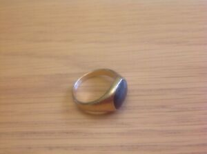 A Really Lovely Men's Gold-toned Signet Ring Size U. see photo's.