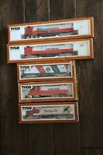 Vintage HO Scale TYCO Toy Train Diesel Engines Lot of 5 Engines