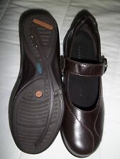 Ladies Brown Combination Last Aravon Mary Jane Shoes Size 7.5