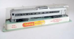TRIANG /HORNBY (3521)  RDC-2 CANADIAN NATIONAL BUDD  RAIL CAR NO 101(BUBBLE PACk