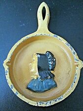 VINTAGE PAINTED MINIATURE CAST IRON ROUND FRYING PAN w/BUST of AMISH WOMAN
