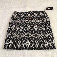 Vince Camuto Womens Skirt Sz 8 Black White Diamond Tribal Print Lined Short New