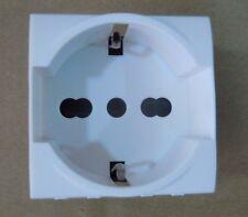PRESA SCHUKO LIVING LIGHT COMPATIBILE 100%  2P+T 10/16A MARCA ELECTROWATT