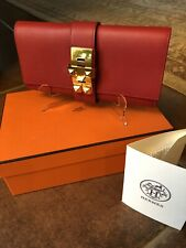 729c0e890e00 Hermes Medor clutch Size 23 Red With Gold Hardware