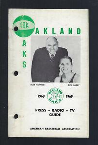 VINTAGE 1968-69 ABA OAKLAND OAKS MEDIA PRESS GUIDE YEARBOOK - RICK BARRY