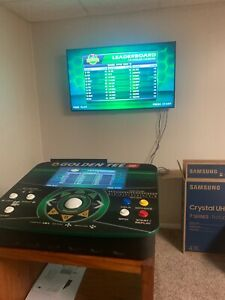 golden tee go portable complete game. Will ship in original package.