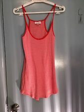 Seed t-shirt in red and white stripes in size M