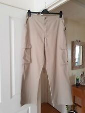 """Men's Pale Khaki Green Slazenger Trousers, Size L, (Waist 34"""" Unstretched) VGC"""