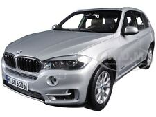 BMW X5 5.0i xDrive (F15) GLACIER SILVER 1/18 DIECAST CAR MODEL BY PARAGON 97072