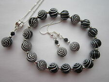 Silver Plated Jewellery Set in Black & Silver Swirl Beads