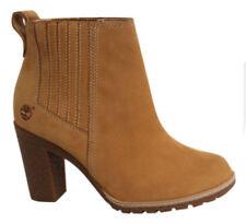 37 Stivali e stivaletti da donna Timberland con tacco medio (3,9-7 cm)