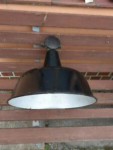 alte Emailelampe Fabriklampe Industrielampe DDR Lampe Industriedesign Bauhaus