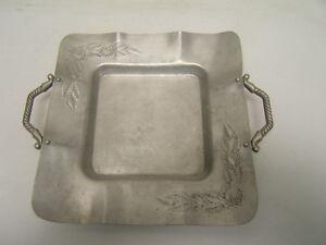 "Everlast Forged Aluminium Tray Rose Motif 14"" Diameter Including Handles #1128"