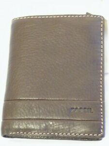 """Brown Soft Leather Trifold Wallet with Coin Pocket by """"FOSSIL"""" + Gift Bag & Box"""