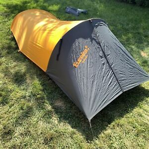 Eureka Solitaire Backpacking Tent Orange/black. Used ONCE. EUC Light Solo Tent