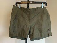 Ann Taylor Signature Olive Green Shorts sz 6 Cotton Cuffed