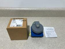 Hubbell Receptacle HBL520R9W NEW