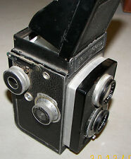 Rolleicord w/Carl Zeiss Jena Triotar1:4,5 7.5cm Vintage Camera