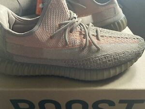 yeezy boost 350 v2 Size 12.5 Great Condition $190 Or Best Offer