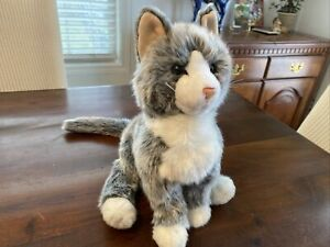 Realistic Kitty Cat Gray & White Plush! Douglas The Cuddle Toy No Tags CUTE!
