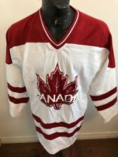 MENS SMALL Hockey Jersey CANADA
