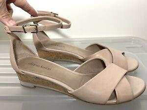 Near New $139 DIANA FERRARI 'Jaquelle' Nude Leather Wedge Sandals 8  #19189