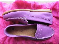 ERIC MICHAEL SHOES BURGUNDY SUEDE LOAFERS SIZE 6 M/36 MADE IN PORTUGAL !