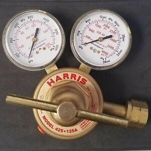 Harris - Model 425-125A - Single Stage Regulator - Argon - Helium - Nitrogen
