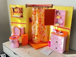 American Girl Julie's Groovy Bathroom Set Accessories Soap Dryer Toilet Dresser