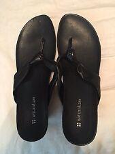 Black Naturalizer Thong Wedge Sandals Size 8.5