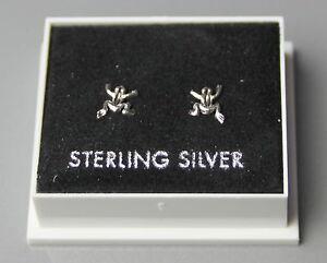 STERLING SILVER 925, STUD EARRINGS  TINY FROG 6mm x 7mm  BUTTERFLY BACKS  ST 192