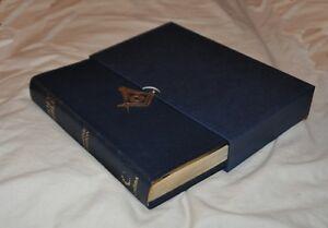 Masonic King James Presentation Bible (RB099)