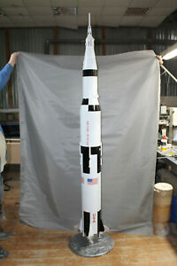 """1:50 SCALE MODEL OF LEGENDARY MOON ROCKET SATURN V, MADE OF COMPOSITE 90"""" TALL"""
