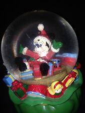 Rare Disney Store Santa Mickey Mouse Christmas Snowglobe Water Glass Dome Figure