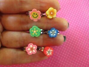 Flower clay toe rings