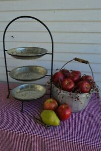 """Pie Stand 3 tier wrought iron 3 Vintage MLJ Pie Tins 9"""" Holiday Bliss"""
