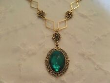 VICTORIAN STYLE - DIAMOND ROSE - EMERALD GREEN GOLD PLATED PENDANT NECKLACE DR