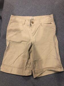 Womens Dockers Size 10 Khaki Shorts Mid Rise Curvy Pockets