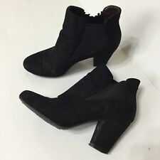 BCBGeneration Womens Ankle Boots Booties Size 6 Black Faux Suede Heels