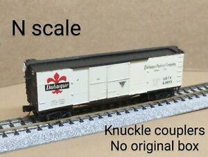 Dubuque URTX 40' wood box car N scale MTL MIcro Trains white meat Packing Iowa