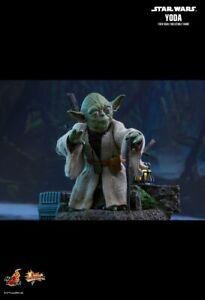 Hot Toys Star Wars The Empire Strikes Back Episode 5 V MMS369 Yoda Figure