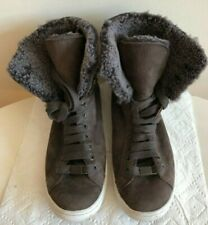 UGG AUSTRALIA  US7 / EU38  STARLYN NUBUCK WINTER BOOT/SNEAK