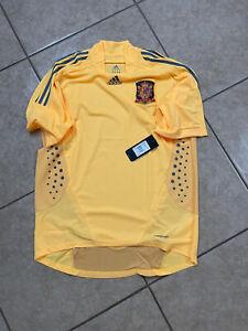 Spain Player Issue Formotion L España Shirt Goalkeeper Iker Casillas Era Jersey