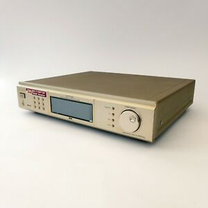 SONY ST-D777ES Audiophile AM FM Stereo DAB Tuner in gold